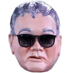 Máscara de Carnaval do Japonês da federal é a campeã de vendas.